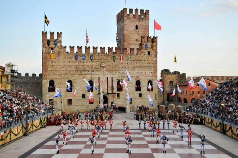 A Marostica anche il servizio di illuminazione votiva